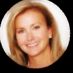 Pam Randles headshot