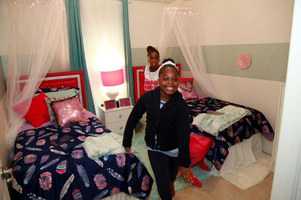 Homes for the Holiday's recipient children excited in new bedroom